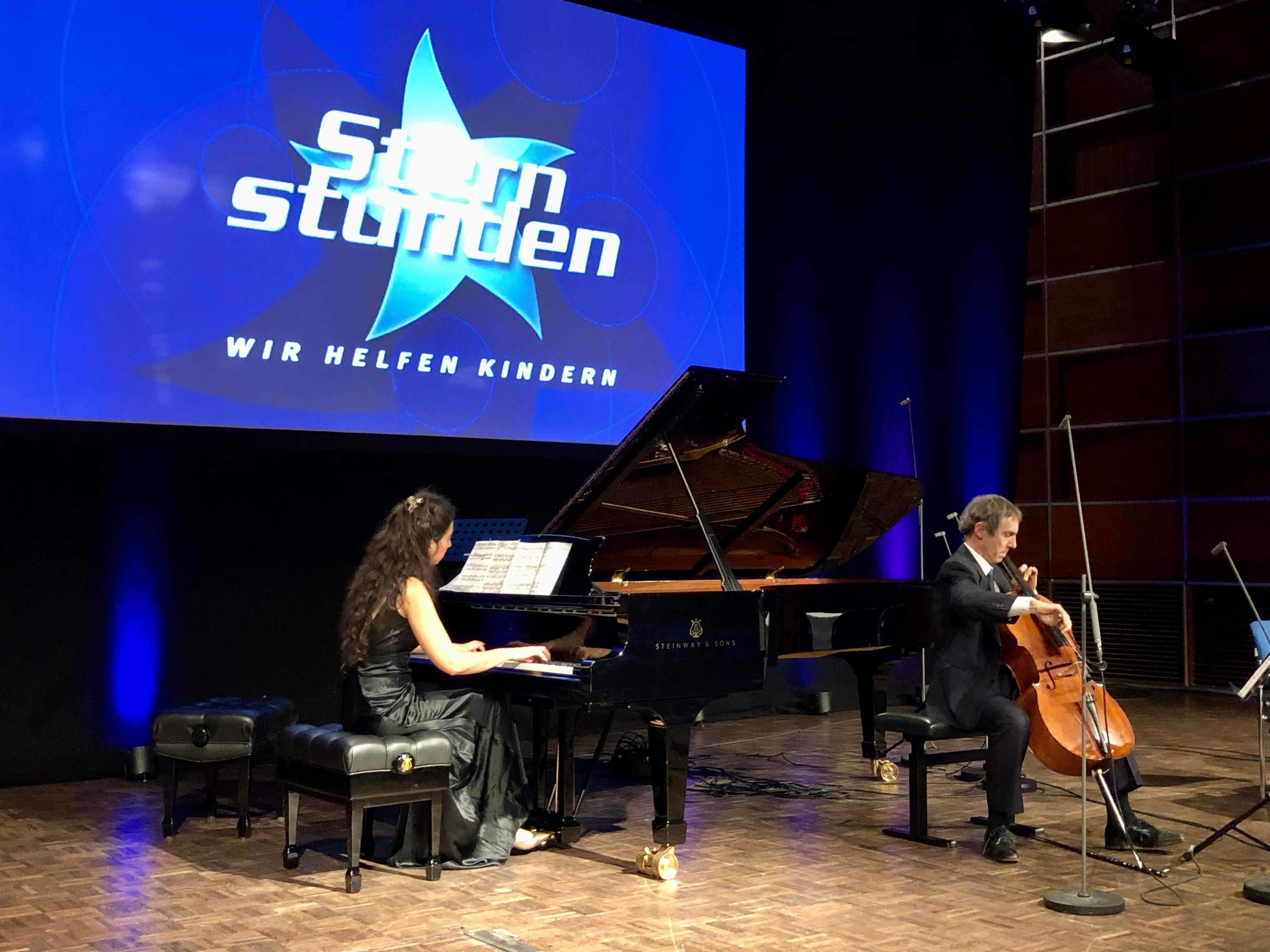 BR Sternstunden - 2.Satz aus dem Clara Schumann Klavierkonzert mit Graham Waterhouse © Marcus Freisem (2.Konzert)
